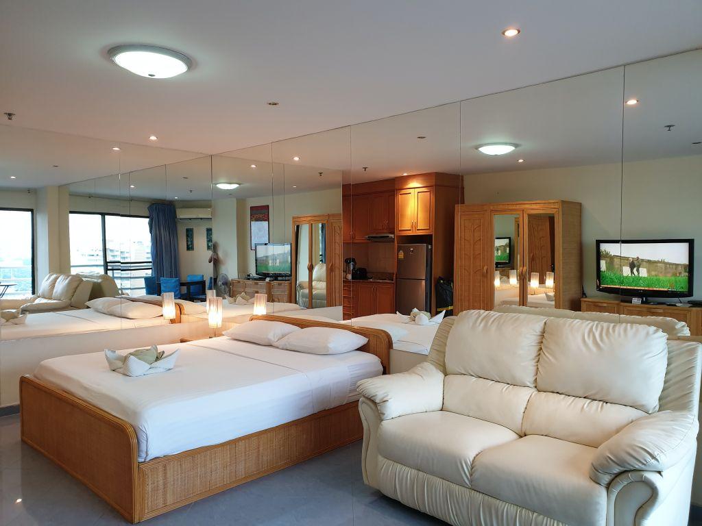 15-700-room-15