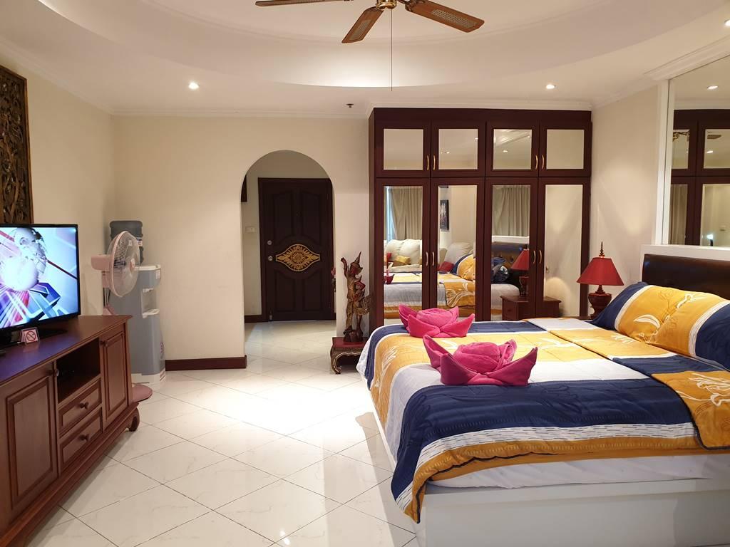 room-12-566-sea-view-luxury-9