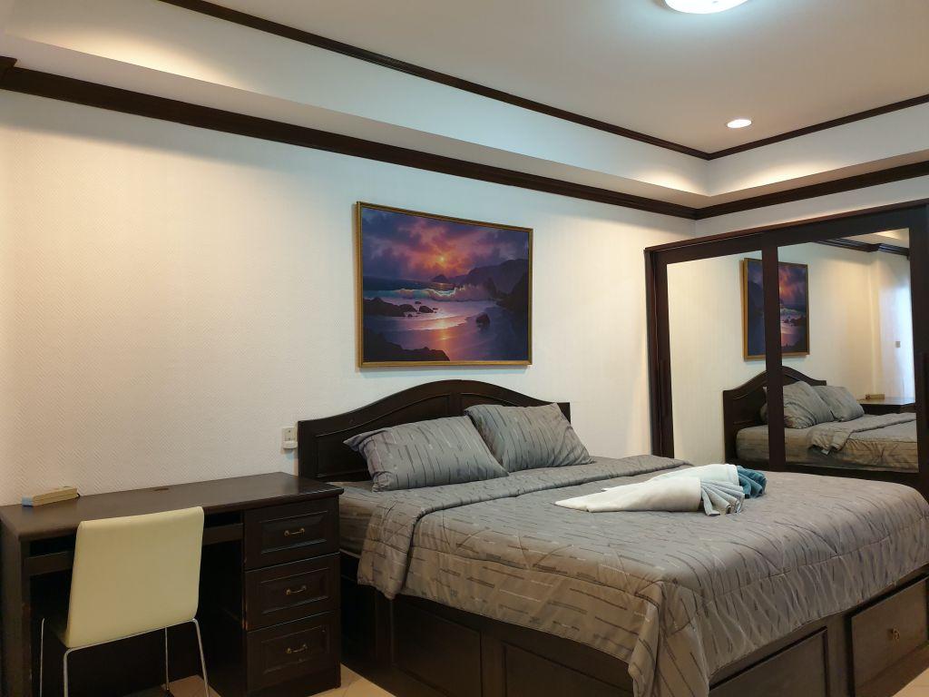 room-16-772-high-floor-sea-view-07
