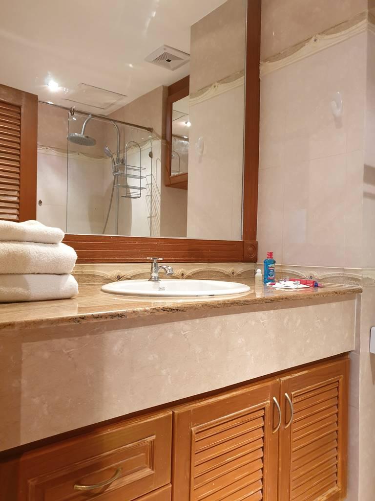 room-17-811-luxury-sea-view-studio-6