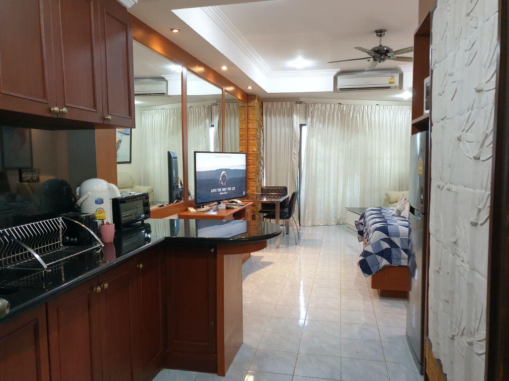 room-18-840-top-floor-sea-view-10