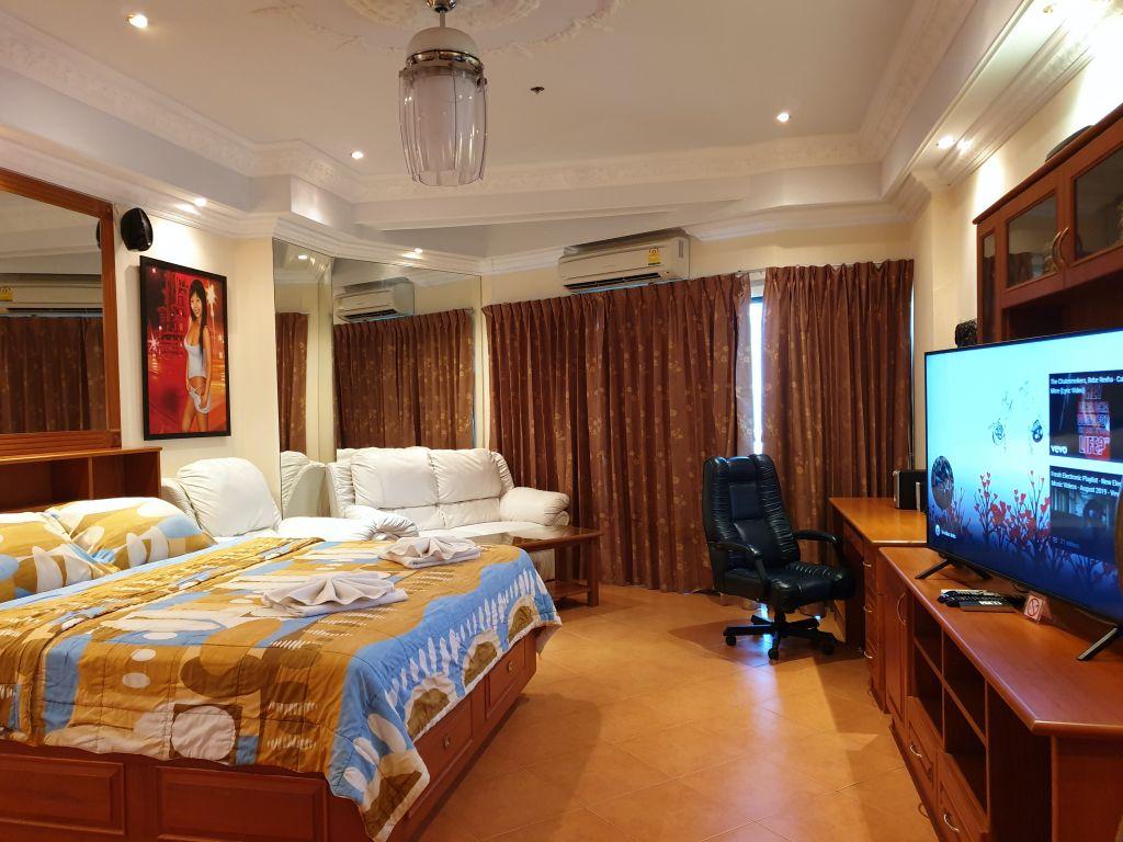 room-18-860-05
