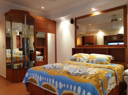 Room 18 860 08