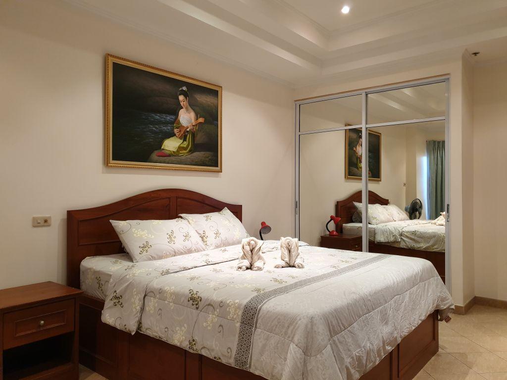 room-18-866-01