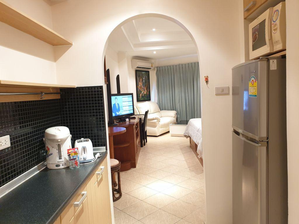 room-18-866-09