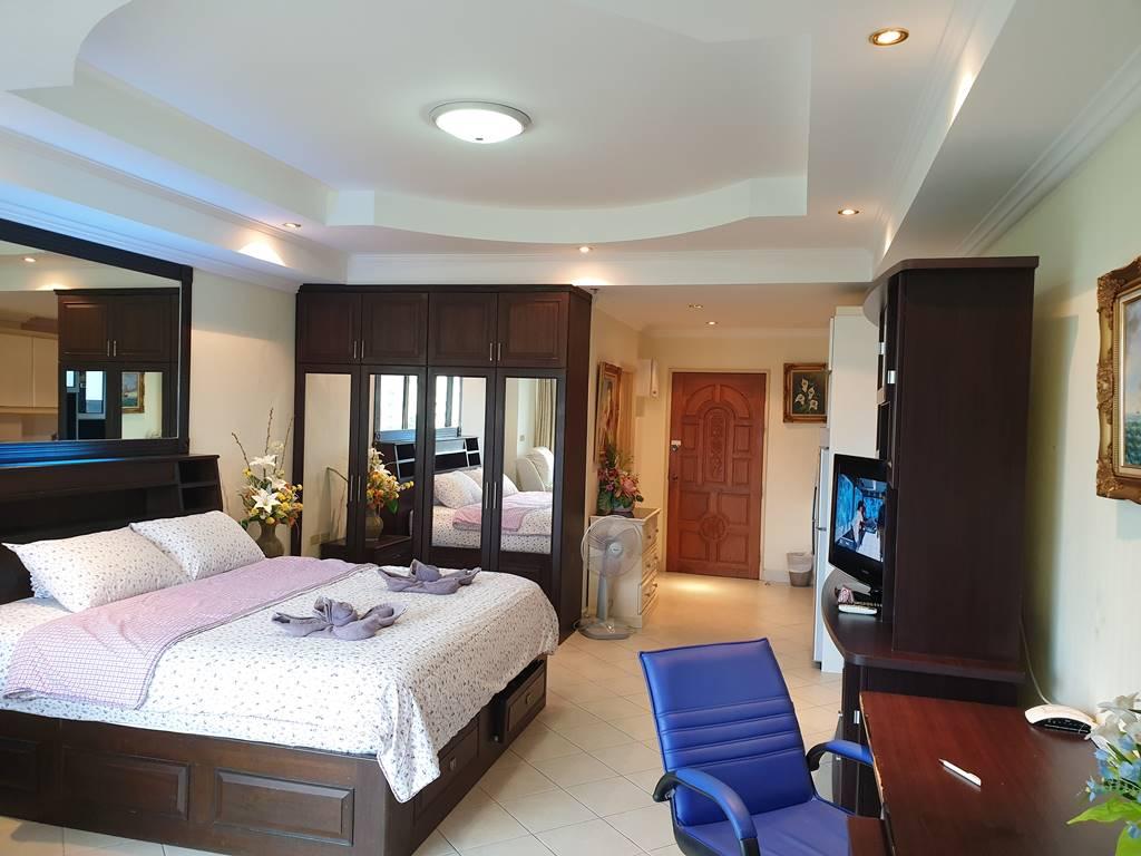 room-5-241-12