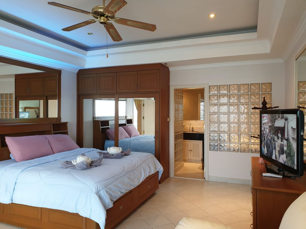 view-talay-2a-room-16-744-07