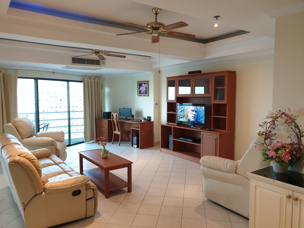 view-talay-2a-room-16-744-20